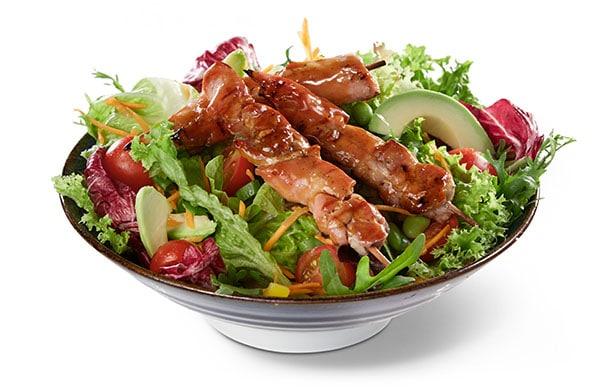 BENTO BOX Speisekarte - Spieße auf Salat